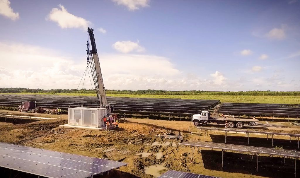 Mate de Palma parque solar fotovoltaico en República Dominicana