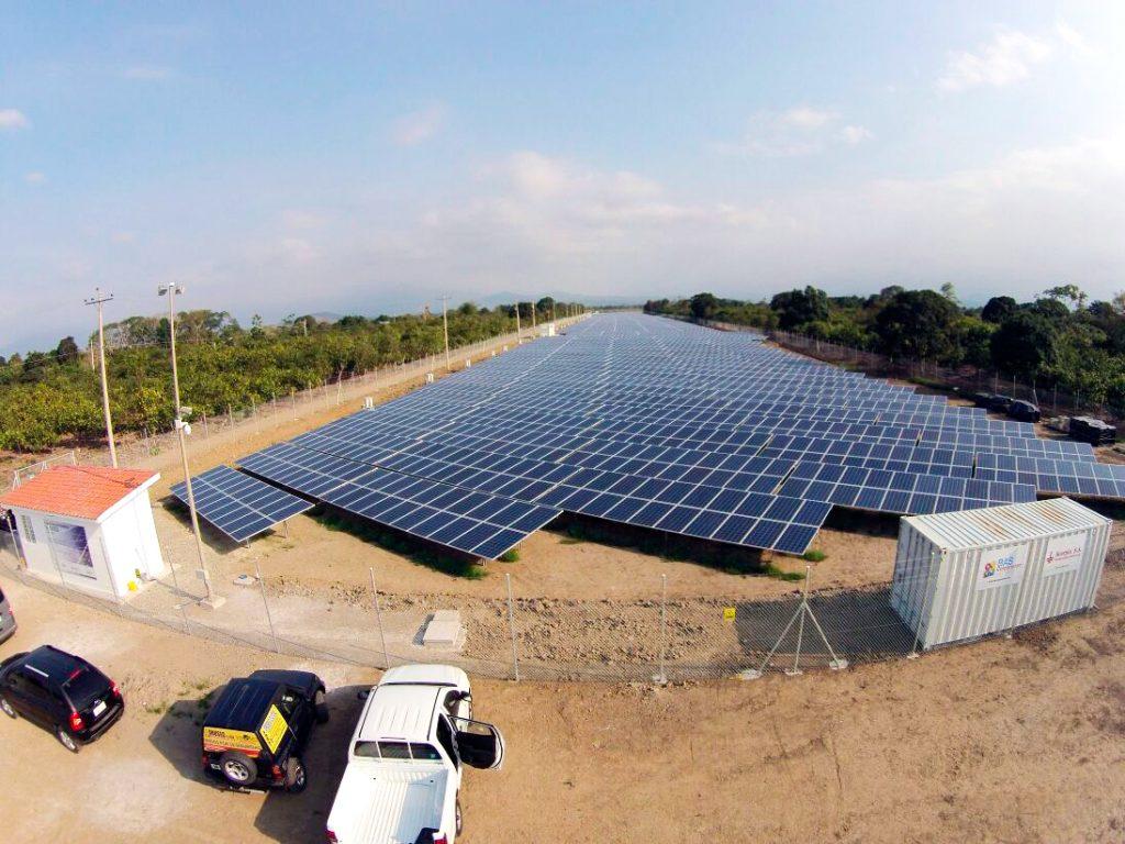 Proyecto fotovoltaico Santa Rosa Ecuador
