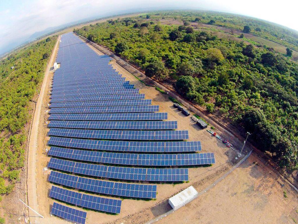 Santa Rosa Ecuador energía solar BAS Corporation